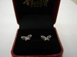 台中 流當品拍賣 金鈿珠寶 K金 鑽石 耳環 9成5新 附盒單 喜歡價可議