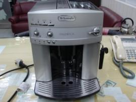 台中二手拍賣 Delonghi 全自動咖啡豆研磨 咖啡粉兩用咖啡機 少用 9成新 喜歡價可議