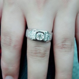 台中流當品拍賣 流當鑽石拍賣 豪華 8心8劍 51分 H色 K金 鑽戒 喜歡價可議