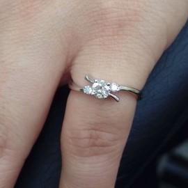台中流當品拍賣 流當鑽石 22分 G色 K金 鑽戒 特價出清 ZS201