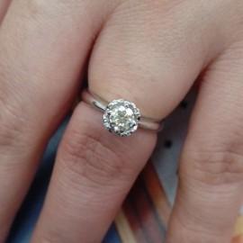 台中流當品拍賣 流當鑽石拍賣 八心八箭 37分 H色 K金 鑽戒 50分視覺 特價出清