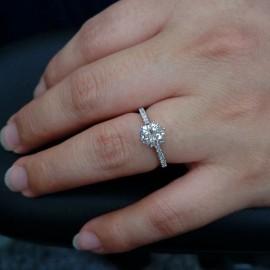 台中流當品拍賣 流當鑽石 美品 1.2克拉 F色 K金 女鑽戒 喜歡價可議