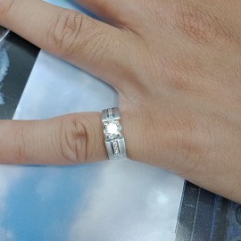 台中流當品拍賣 流當鑽石 36分 E色 K金 女鑽戒 喜歡價可議