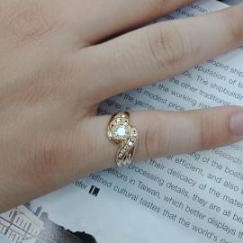 台中流當品拍賣 流當鑽石 豪華 36分 F色 K金 女鑽戒 喜歡價可議